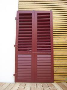 Klappläden- Schiebeläden - Faltschiebeläden - aus Holz oder Aluminium