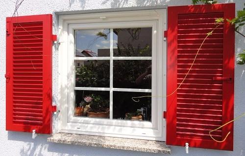Fensterladen / Klappladen aus Holz